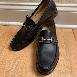 Salvatore Ferragamo Loafers size 8 D